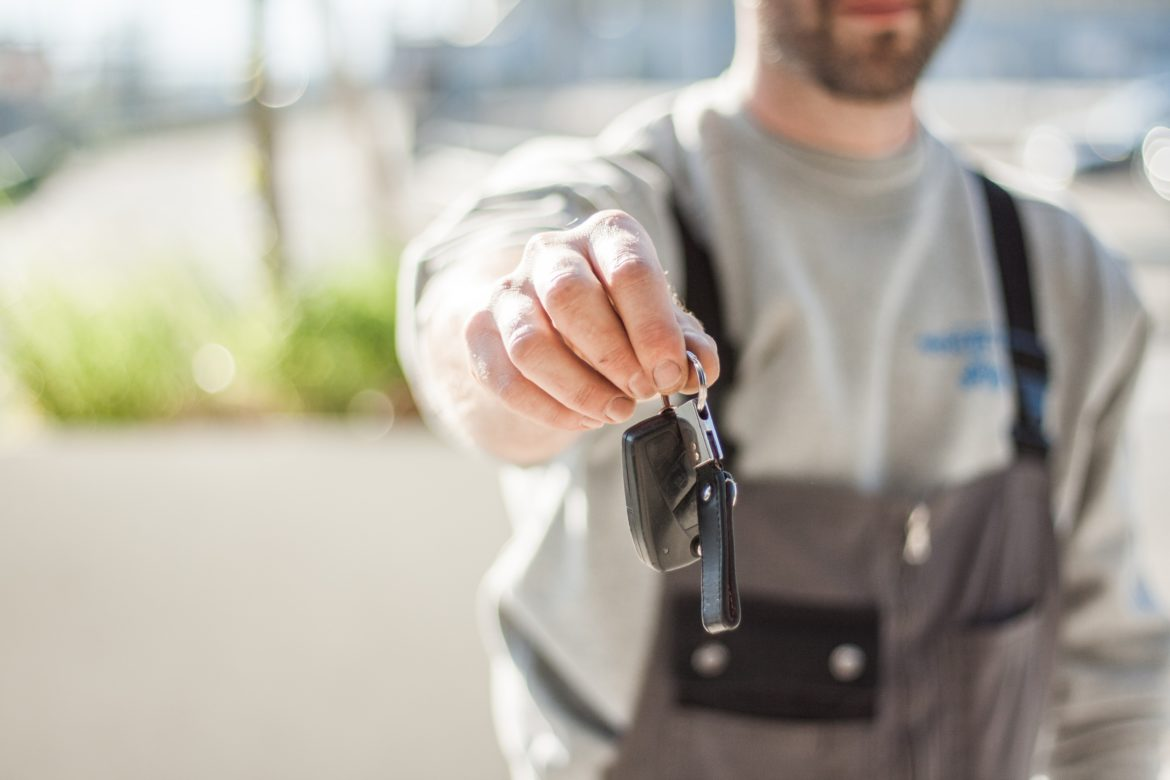 car-driving-keys-repair-97075